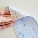 como endosar un cheque bancario