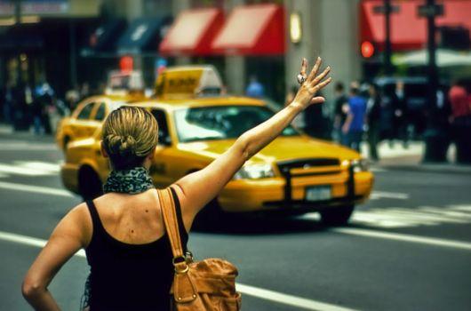 Crean_una_app_para_encontrar_el_taxi_mas_cercano (1)