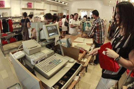 Aumentan_las_ventas_en_el_comercio_pero_los_autonomos_reclaman_mas_ayudas