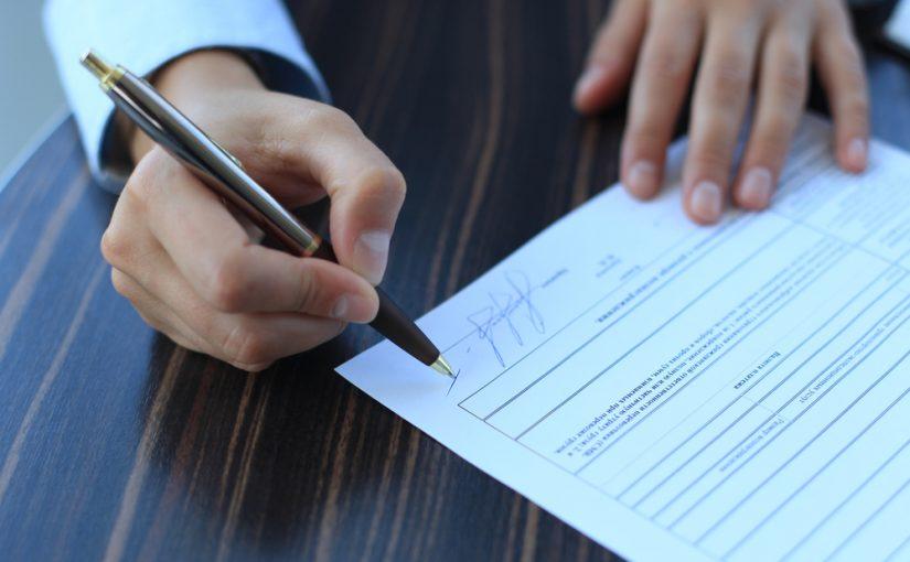 Contrato mercantil y prestación por cese de actividad